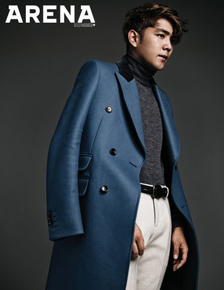 SJ强仁拍写真显成熟 SJ-MHenry露腹肌_音乐频