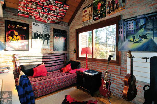 混乱无序粗野原始 英国朋克摇滚风格室内设计欣赏