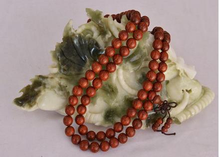 记者探访星木堂小叶紫檀佛珠手串制作流程和工艺
