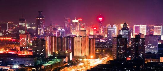 繁华的济南市中区夜色