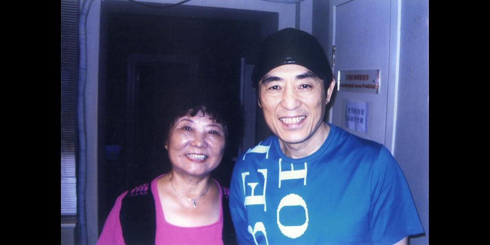 徐春华担任电影《金陵十三钗》南京方言指导,让更多了解了南京话,喜欢上了南京话。
