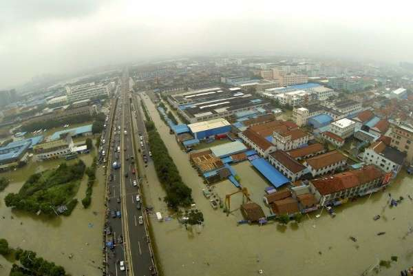的强降雨影响,宁波余姚受涝严重,余姚城区有70%以上地区受淹,