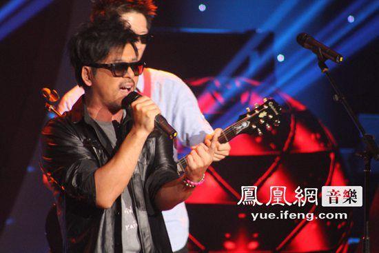 2015浙江卫视跨年演唱会即将于2014年12月31日晚在广州天...