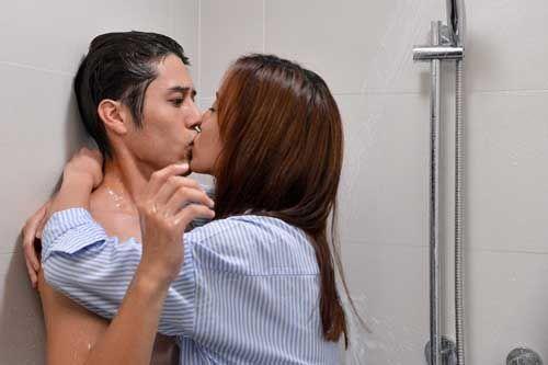 真爱趁现在 31日播 陈庭妮胡宇威厕所激吻十次图片