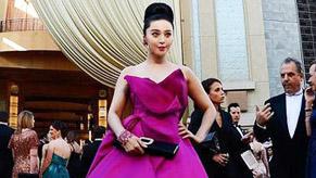 范冰冰桃红长裙优雅亮相奥斯卡