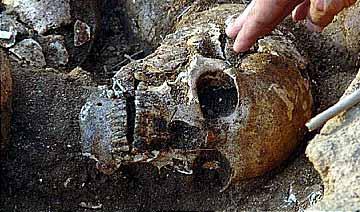 河北发掘战国时恐怖人头墩 2000头颅有明显斩首迹象