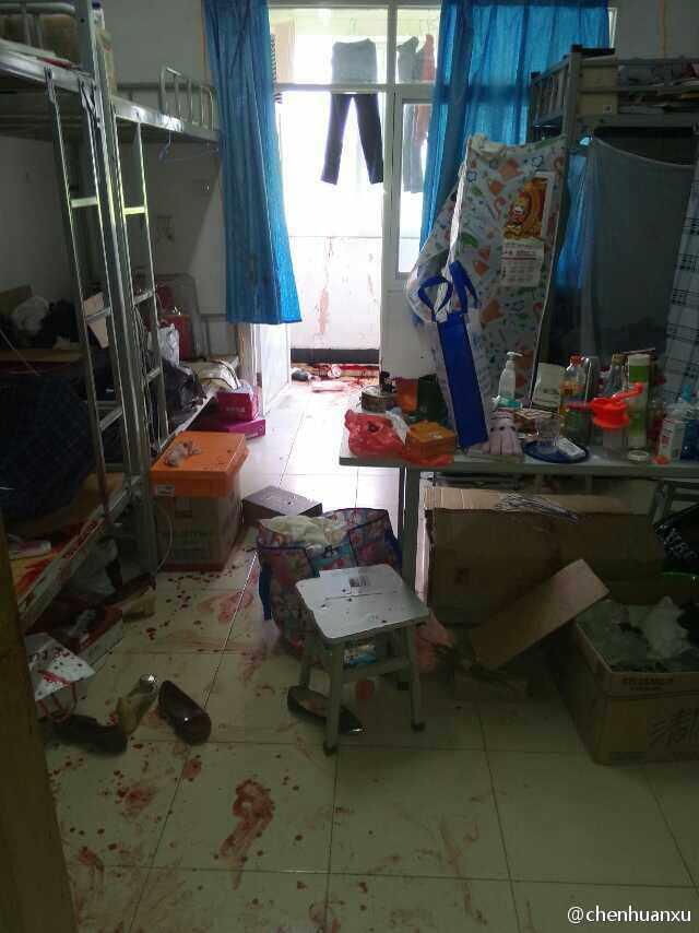 高清图 云南大学滇池学院女生宿舍3栋发生人