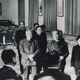 周总理和冈崎嘉平太