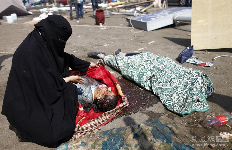 """埃及军警""""清场""""致上百人死亡 -军同无忌图 军同巴士激图,欧美军同图片"""