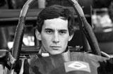 塞纳 1994年的F1大奖赛上撞上护栏不幸身亡