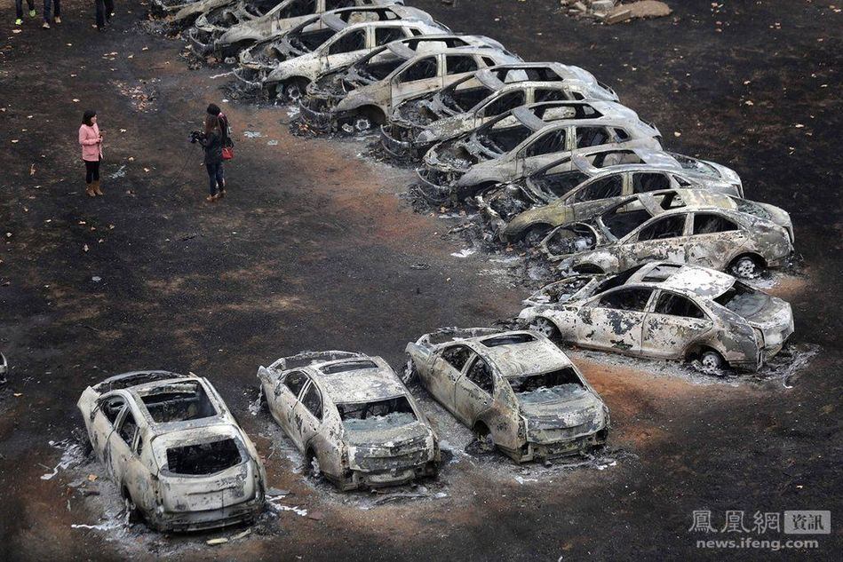 郑州停车场大火73辆豪车被烧毁!