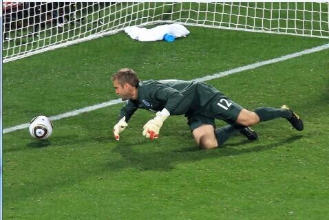 世界杯6大门将失误:英格兰成黄油队 卡恩最悲