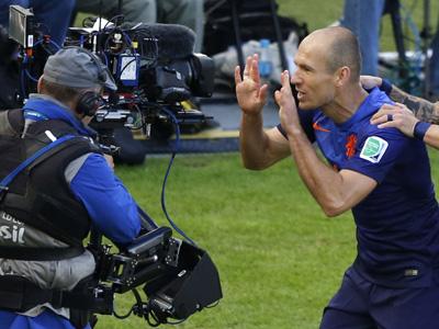 罗本抽射 荷兰1-1扳平澳大利亚