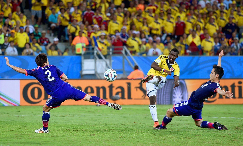马丁内斯梅开二度 哥伦比亚3-1领先日本