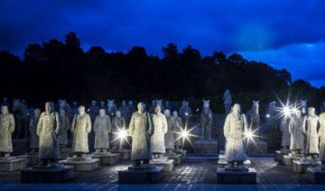 松山远征军雕塑