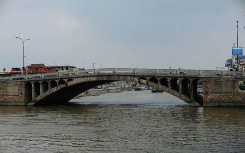 城市 南通    唐闸大桥 经过4年多的筹备,清光绪二十五年(公元1899年)