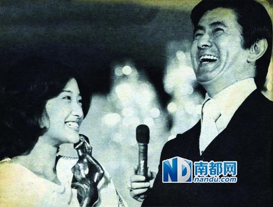山口百惠/山口百惠与宇津井健多次搭档演父女。