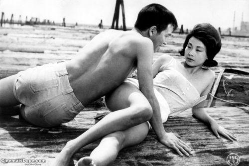 大岛渚代表作《青春残酷物语》剧照。