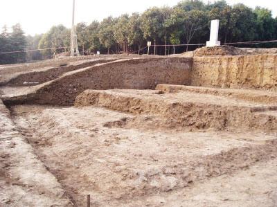 2011年唐子城南门考古发掘现场。(资料图片)