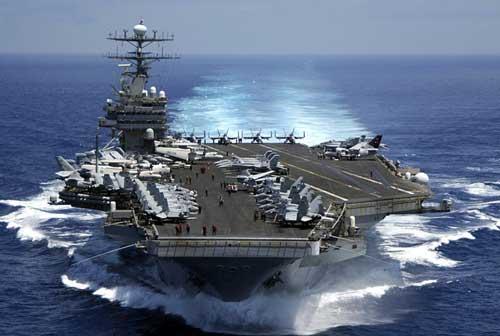 中美日3国4航母齐聚南海
