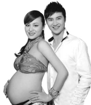 田亮 叶一茜 写真/田亮与叶一茜曾拍摄怀孕写真。(资料图片)...