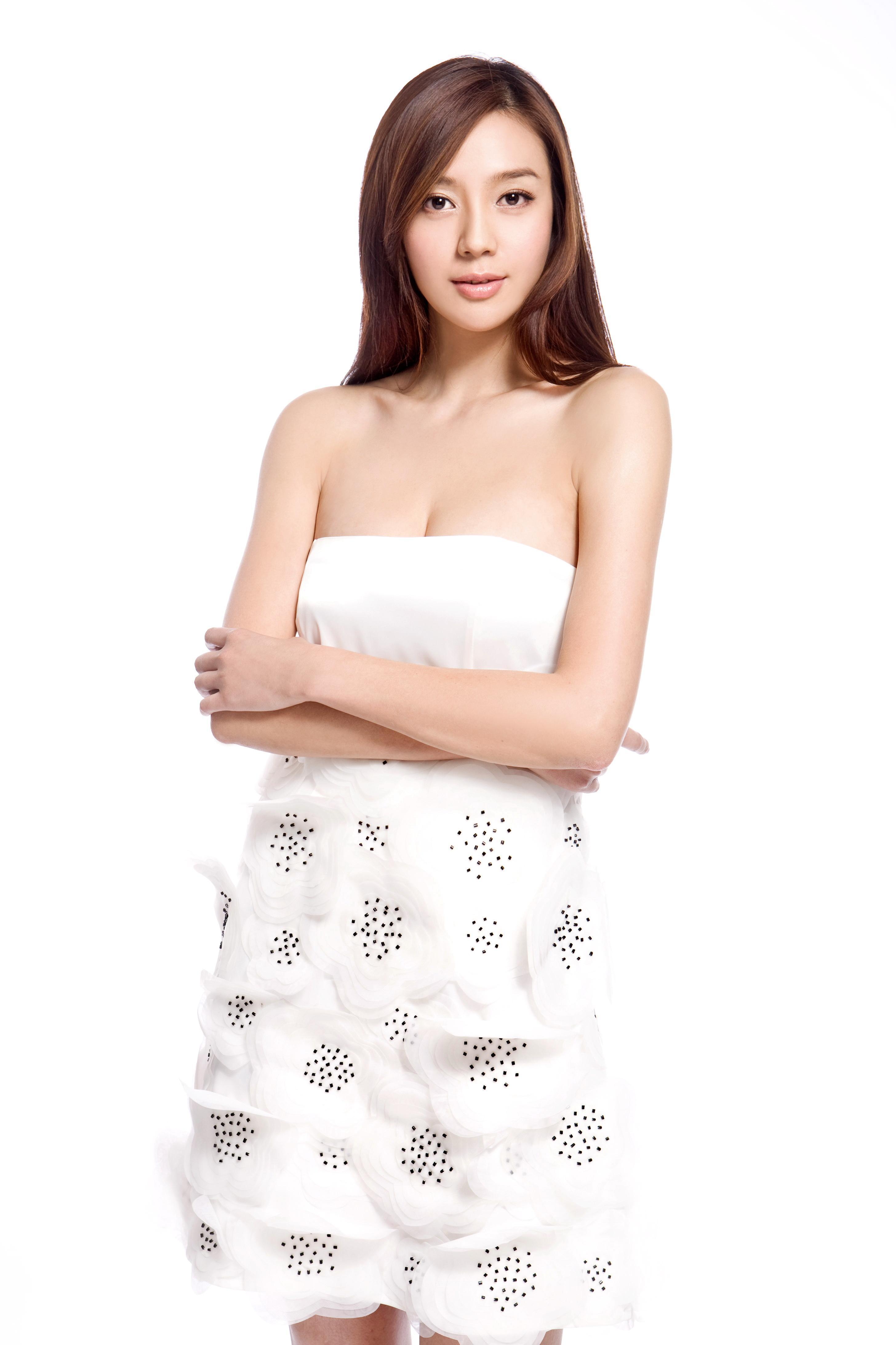 模特行业闯荡多年, 2010年10月曾登上台湾版《男人帮图片