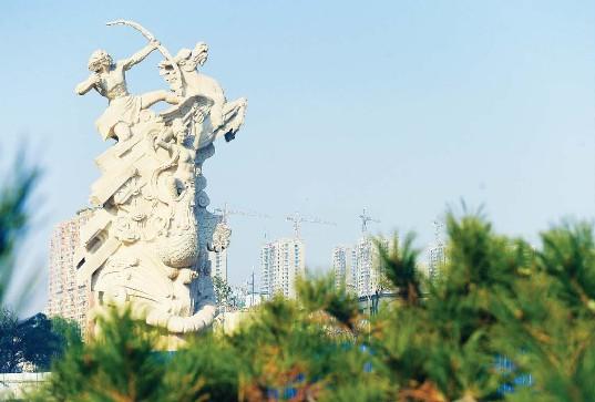 """""""畅想未来中国梦""""大型主题雕塑主体完工"""