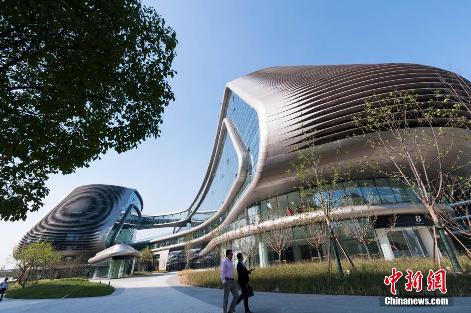 上海虹桥新地标落成 设计前卫造型奇特_频道_凤凰网