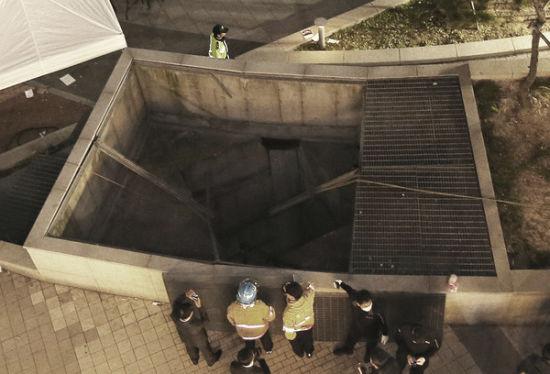 韩露天演唱会场地坍塌 国外意外事故频发