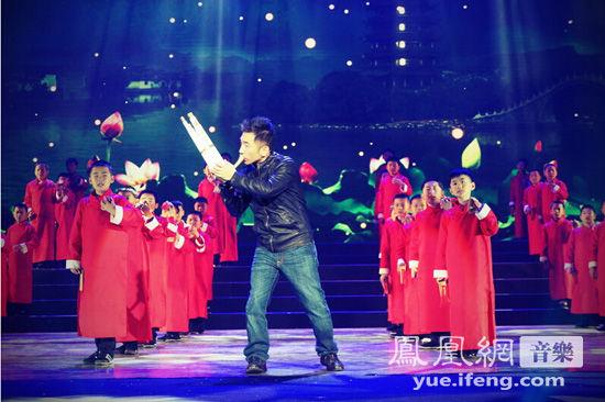 吴彤《塔玲珑》开场中国曲艺节 丝路巡演将再登台湾