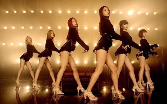 韩女团AOA出道两年零收入 只给零钱买衣服