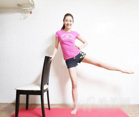 瘦腿瘦身运动2个减肥瘦腿动作又翘臀不好嗎懒人會針打長期图片