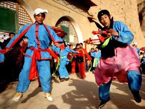陕北传统舞蹈秧歌 伴随我们红红火火过大年