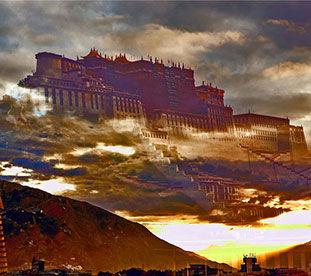 玛布日山上布达拉宫