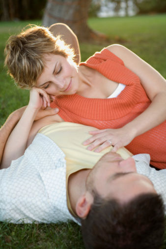 非诚勿扰娃娃音刘五朵牵手 男人更爱女人发嗲
