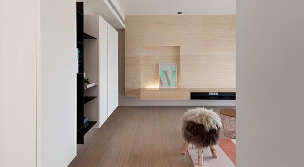 内湖色彩明亮的亲子住宅 简单空间增加风格弹性