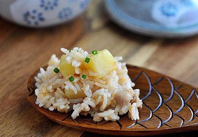健康美味吃土豆焖饭