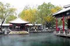 济南:飞雪之中赏泉景