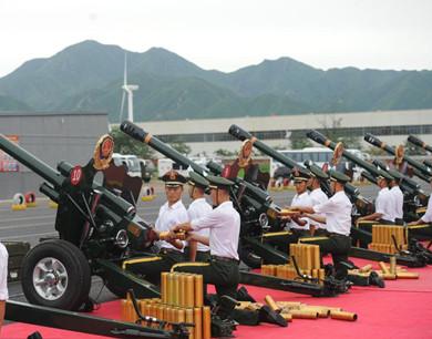 共和国礼炮部队备战抗战阅兵式