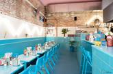 就像夏天在海边的第一波海浪,Phamily Kitchen重新刷新其餐厅空间及城市氛围。这是一个现代的越南餐厅,维多利亚时代的店面位于澳大利亚Collingwood的Smith大街上。(实习编辑:刘嘉炜)