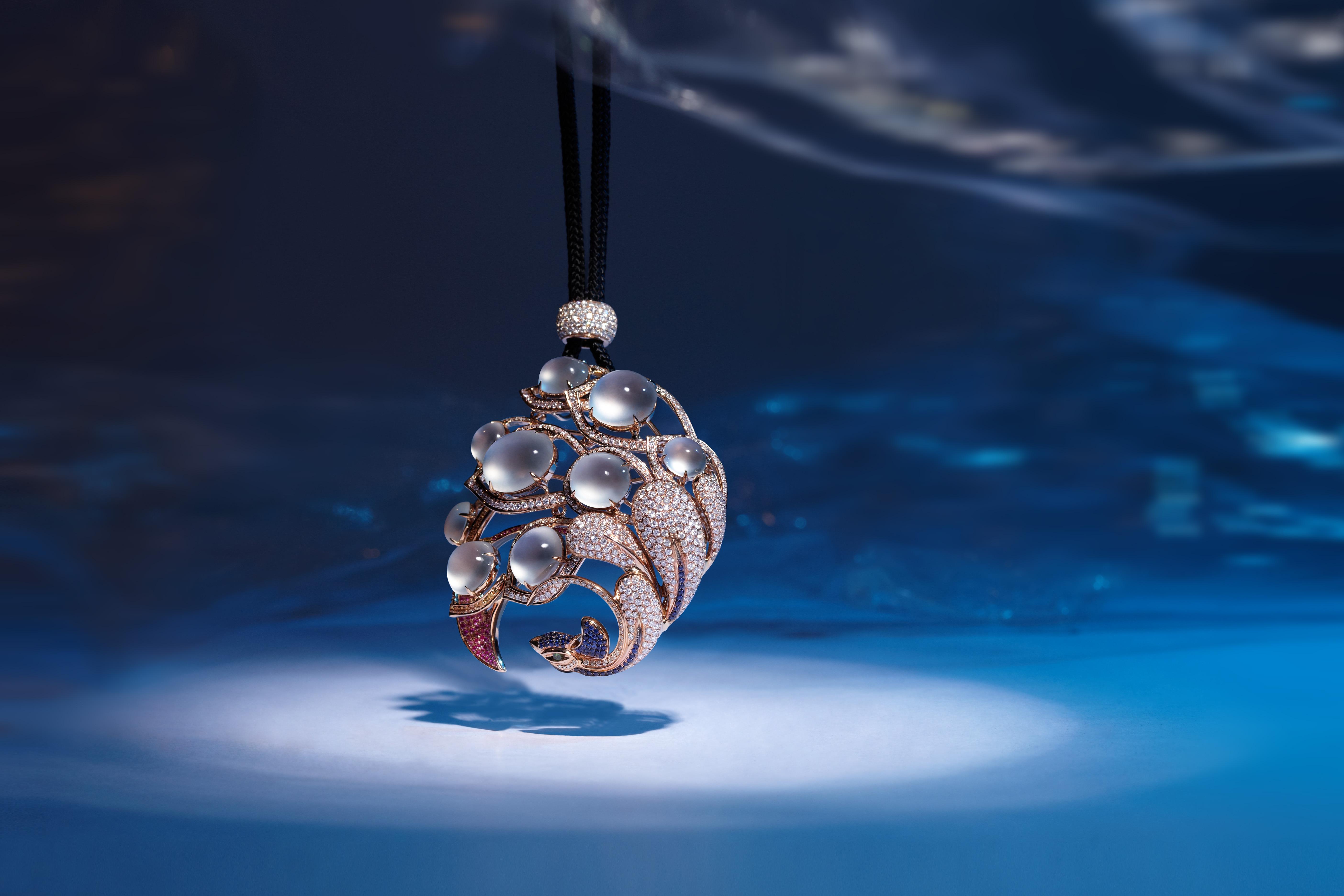 """产品创意多次获得""""中国珠宝首饰设计与制作技能大奖""""和图片"""