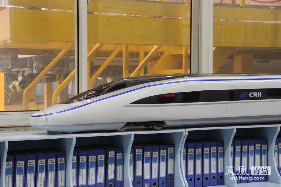 走进青岛高速动车生产基地 成中国创造新名片