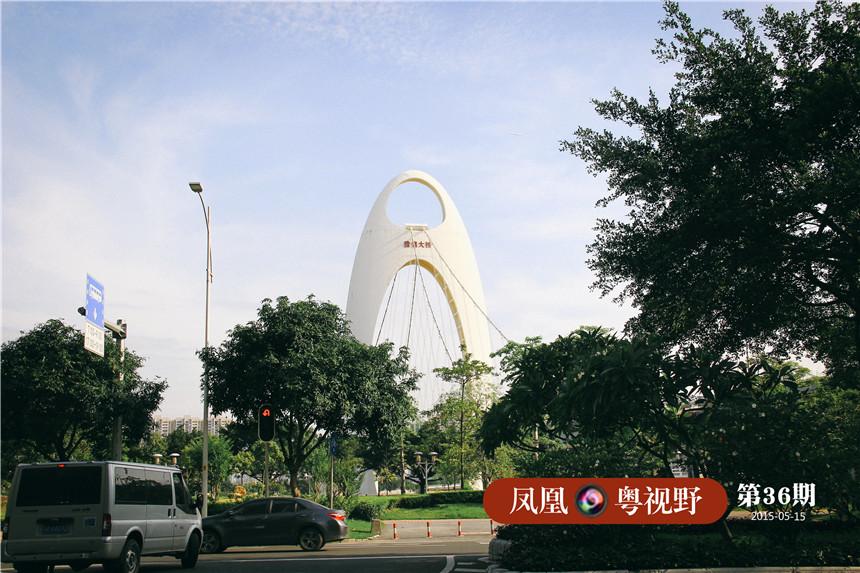 村内能轻易看到猎德的标致性建筑——猎德大桥。2009年7月正式开通。