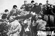 日军将青壮年押往郊外集体屠杀