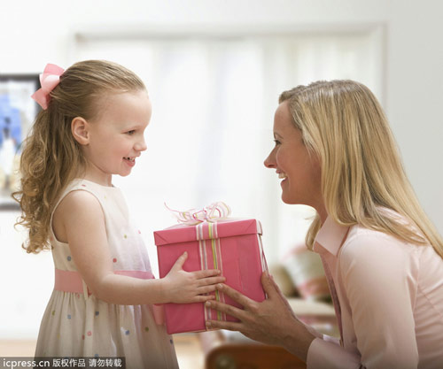 母亲节必送12件美妆品 全方位照顾妈妈的肌肤