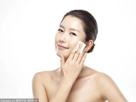 夏季热卖10款卸妆水 清爽卸妆不油腻