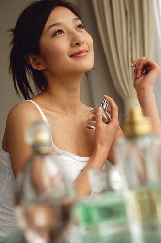 清晨嗅觉最好 10个tips帮你选对香水