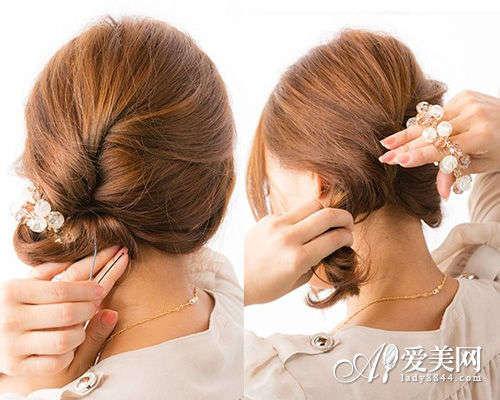 简单大方发型扎法步骤