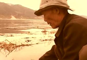 德庆父子两代人甘做西江鱼儿守护人