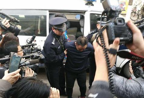 男子入室杀害母女抢劫300元 民警跨省抓捕
